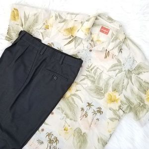 Tommy Bahama• Aloha Yellow Hibiscus